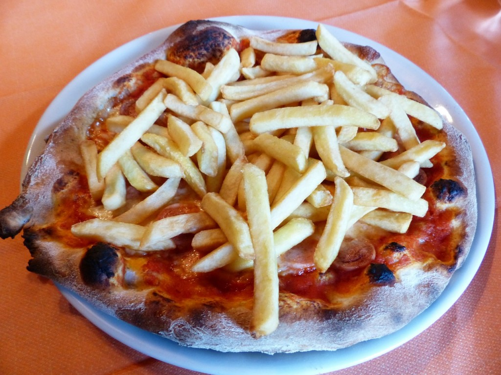 pizza-chips-182943_1280