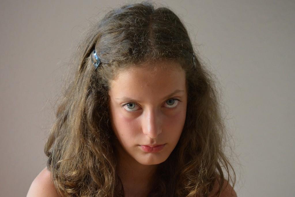 l'adolescent se ferme face à la critique