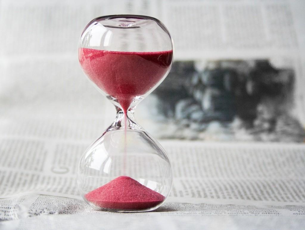 hourglass-620397_1280-2