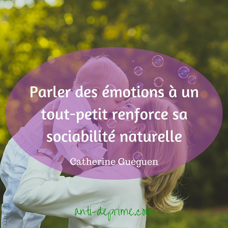 Parler des émotions à un tout-petit renforce sa sociabilité naturelle