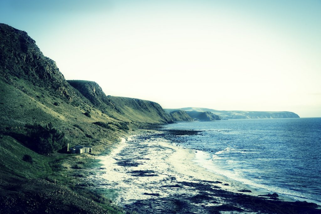 shore-828590_1920